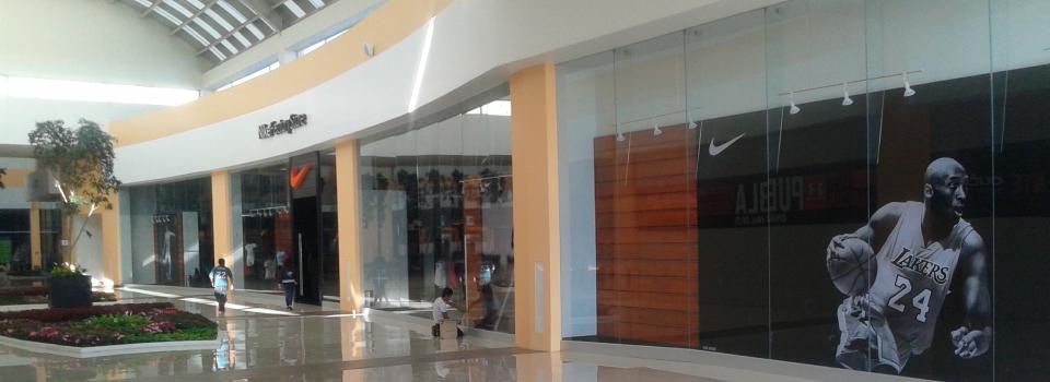 fachadas-de-cristal-templado-para-tiendas