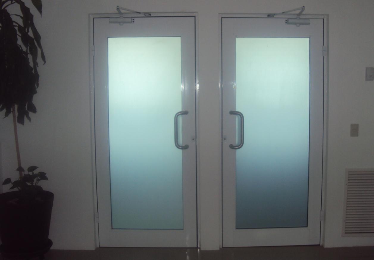 Puerta aluminio serie 50 alfamak - Puerta balconera aluminio ...